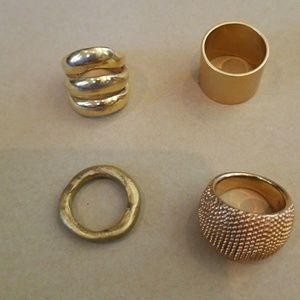 4 faux gold rings